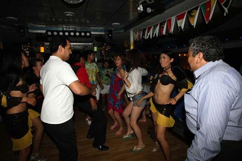 Bounty Cruise Disco Time