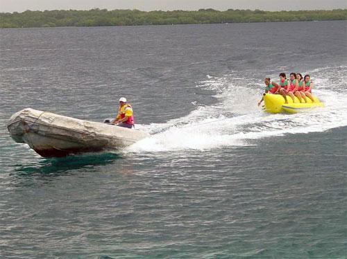 Quicksilver Banana Boat 1