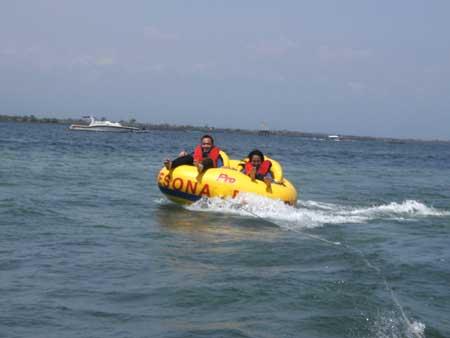 Rolling Dougnat Water Sport